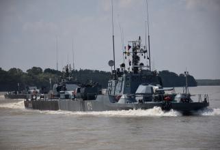 Vedetele blindate Opanez 177 și Posada 179 Sursa foto: Forțele Navale Române