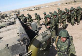 Militari ruși la Baza 201 din Tadjikistan, cea mai mare bază militară rusă din străinătate. Sursă foto: Ministerul Apărării de la Moscova
