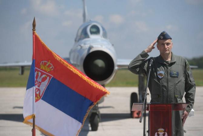 Forțele Aeriene Sârbe își iau rămas bun de la avioanele MiG-21