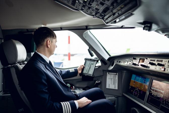 Cabină piloti Sursa foto: AirBaltic/Twitter