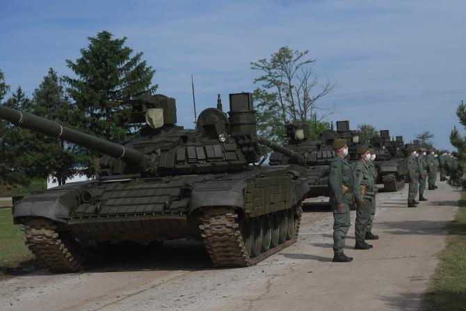 Forțele armate sârbe primesc 30 de tancuri T-72MS și 30 de vehicule blindate de recunoaștere BRDM-2MS