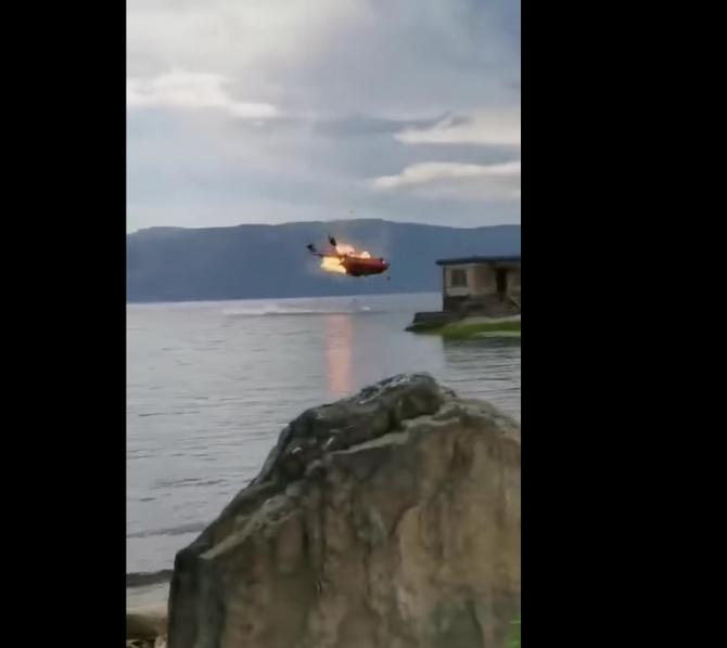 Momentul prăbușirii elicopterului Z-8 în China. Sursă foto: Captură video Scramble Magazine (Facebook)