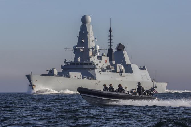 Distrugătorul HMS Defender, sursă foto: Royal Navy