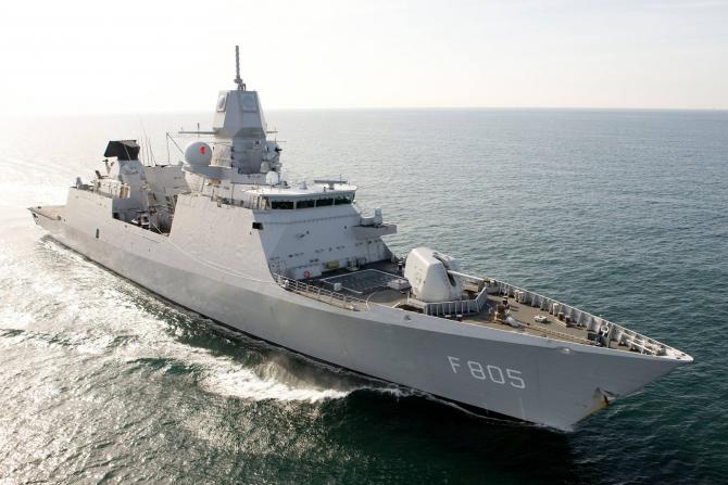 HNLMS Evertsen, sursă foto: NATO