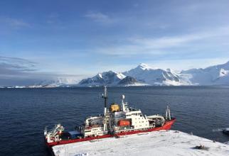 Spărgătorul de gheață britanic RRS James Clark Ross, sursă foto:  British Antarctic Survey's