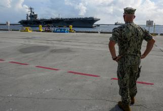 Portavionul USS Nimitz, în Guam. Sursă foto: US Navy