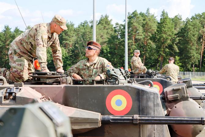 7. -imagine fara descriere- (gepard-7-militari-sua_85959100.jpg)