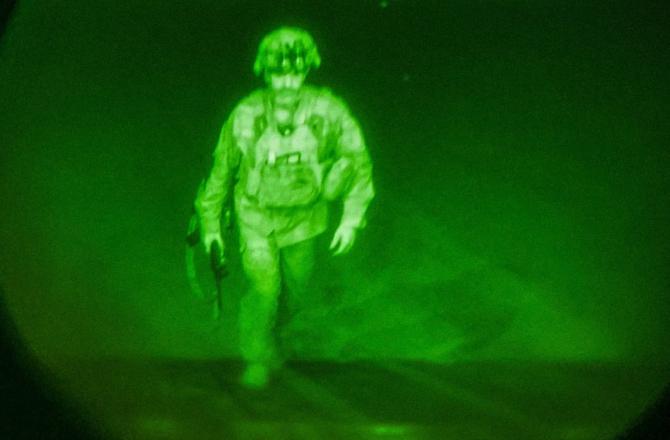 Generalul-maior Chris Donahue, ultimul militar american care a părăsit Afganistanul. Sursă foto: U.S. Department of Defense (DoD)