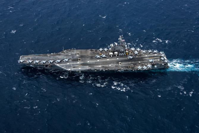 Sursă foto: USS Ronald Reagan (CVN 76)