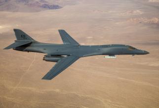 Bombardier strategic de tip B-1B Lancer, sursă foto: U.S. Air Force