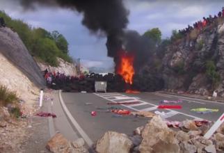 Imagini din timpul protestelor antisârbești din Muntenegru. Sursă foto: Captură YouTube -  On Demand News