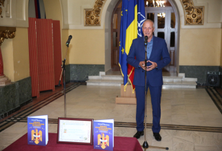 """General-locotenent (rtr.) Virgil Bălăceanu, președintele AORR, în timpul lansării cărții """"Asociația Ofițerilor în rezervă din România, puternică, activă, responsabilă"""". Sursă foto: AORR"""