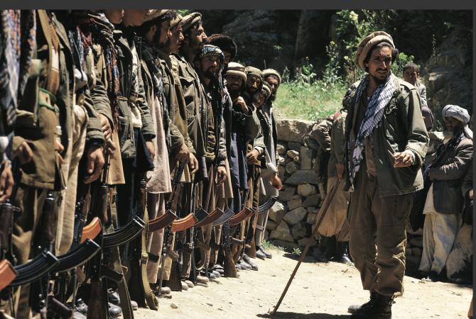 """Ahmad Massoud este fiul lui Ahmad Shah Massoud, erou al rezistenţei ... Comandantul Ahmed Shah Massoud, supranumit """"Leul din Panjshir"""". Sursa foto: Twitter Panjshir_Province."""