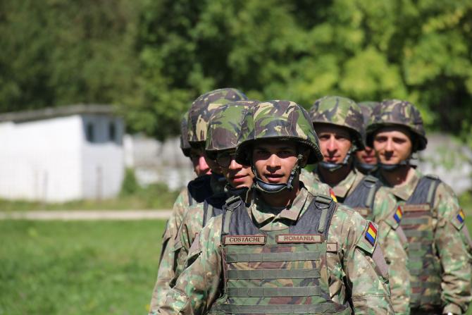 7. -imagine fara descriere- (armata-romana-soldati-instruire-recruti-militari-6_88114000.jpg)