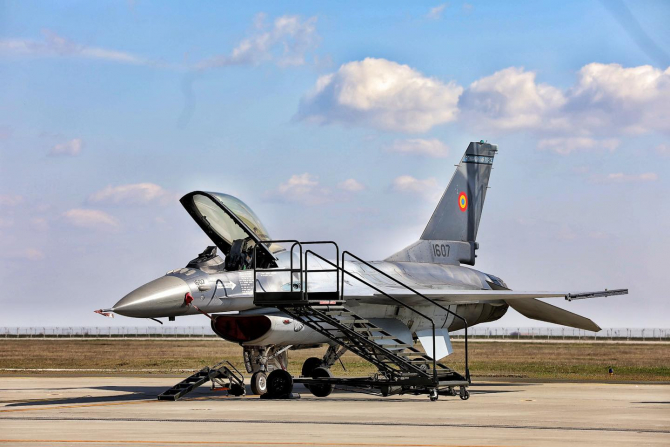F-16, sursă foto: Forțele Aeriene Române