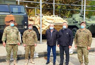 Nicolae Ciucă, în vizită la Automecanica Moreni. Sursă foto: Nicolae Ciucă Facebook